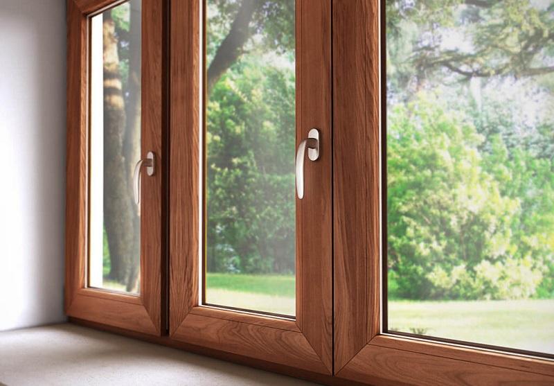 Окна из дерева: красота и экологичность